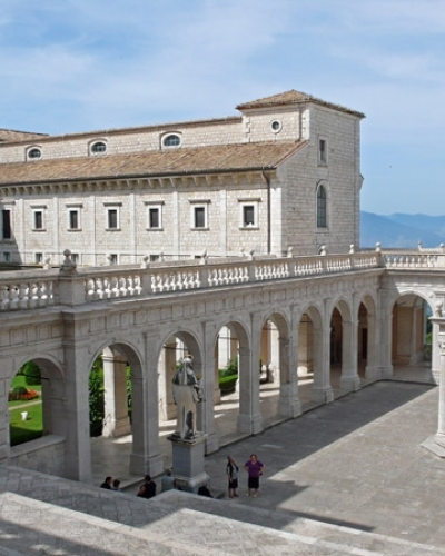 Private excursion abbey Cassino